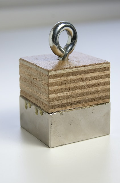 DEATH MAGNET with wooden block