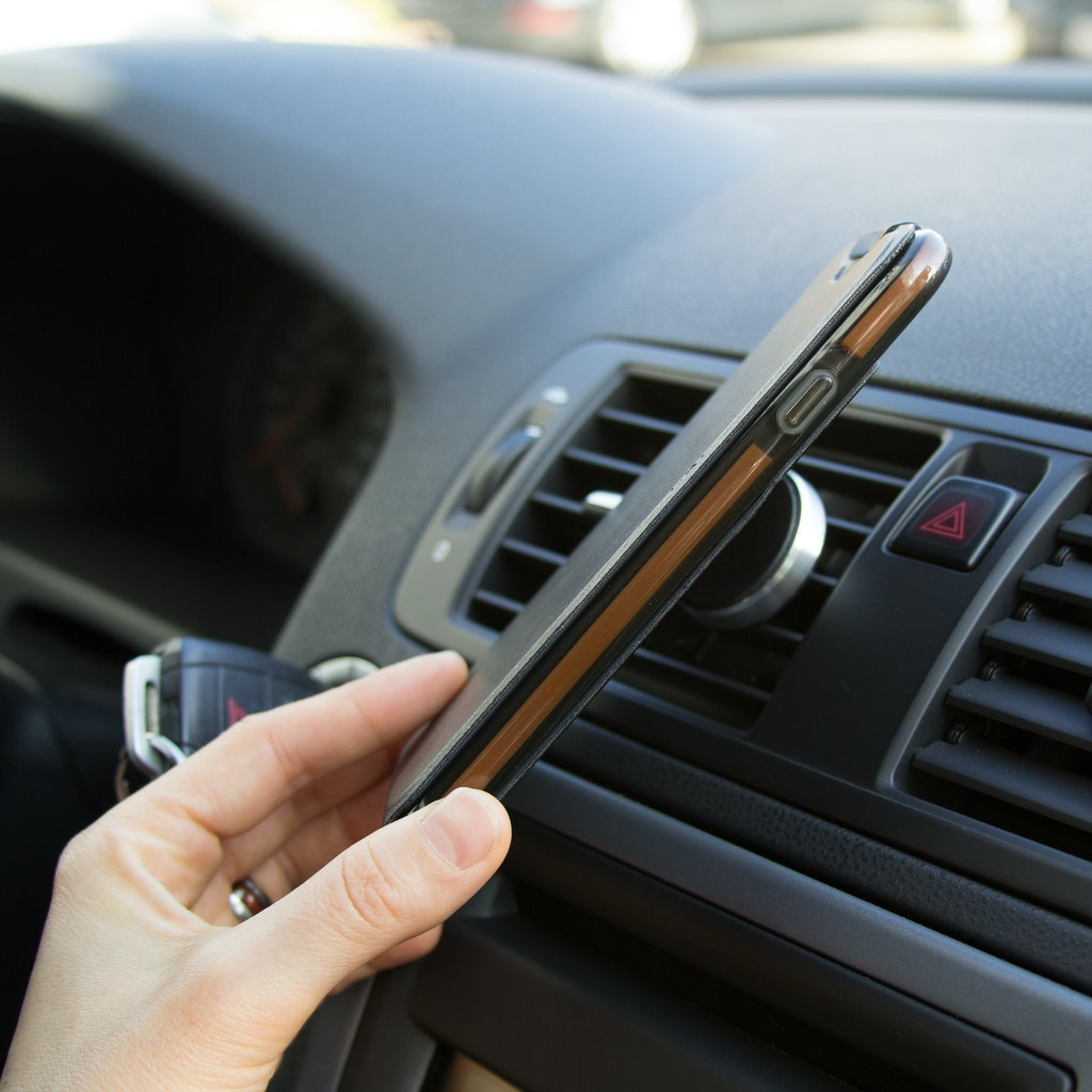 7f174b8878e Las cámaras y los teléfonos móviles contienen soportes de almacenamiento no  magnéticos. En consecuencia