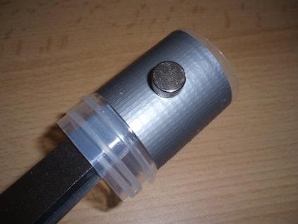 Geocaching Micro met aan de buitenkant bevestigde magneet