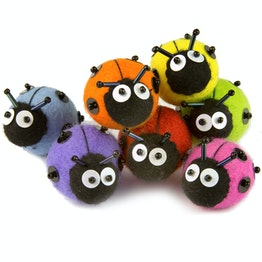 Felt magnet ladybird hand-crafted decorative magnet made of felt and glass beads, in different colours