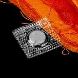 Magneti da cucire 12 x 2 mm quadrati tiene ca. 1,2 kg, impermeabili, con guaina quadrata in PVC