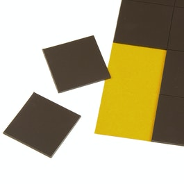 Takkis 30 x 30 mm self-adhesive magnetic squares, 20 pieces per sheet