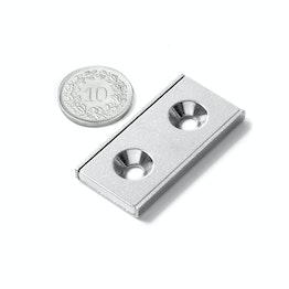 CSR-40-20-04-N Système magnétique rectangulaire 40 x 20 x 4 mm, avec trou fraisé, dans un profilé en acier en forme de U