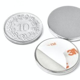 S-22-02-FOAM Disco magnetico autoadesivo Ø 22 mm, altezza 2 mm, neodimio, N35, nichelato