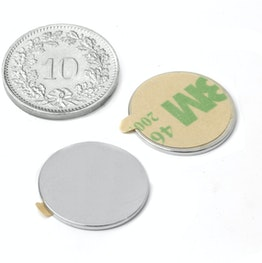 S-18-01-STIC Schijfmagneet zelfklevend Ø 18 mm, hoogte 1 mm, houdt ca. 980 gr, neodymium, N35, vernikkeld