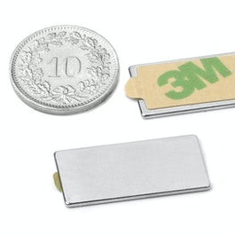 Q-25-12-01-STIC Quadermagnet selbstklebend 25 x 12 x 1 mm, Neodym, N35, vernickelt