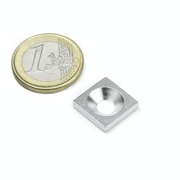 MC-15-15-03 Piastrina metallica con foro svasato 15x15x3 mm, come controparte per i magneti, non è un magnete!
