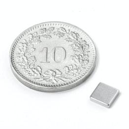 Q-CDM50-N Parallélépipède magnétique 5 x 5 x 1.2 mm, néodyme, N50, nickelé