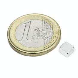 Q-05-05-03-N52N Parallélépipède magnétique 5 x 5 x 3 mm, tient env. 1 kg, néodyme, N52, nickelé