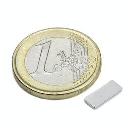 Q-10-04-1.2-N Blokmagneet 10 x 4 x 1,2 mm, houdt ca. 700 gr, neodymium, N50, vernikkeld