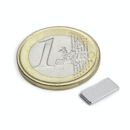 Q-10-05-01-N Parallelepipedo magnetico 10 x 5 x 1 mm, tiene ca. 650 g, neodimio, N50, nichelato