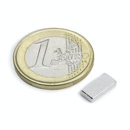 Q-10-05-02-N Parallelepipedo magnetico 10 x 5 x 2 mm, tiene ca. 1,2 kg, neodimio, N50, nichelato
