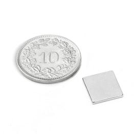 Q-10-10-1.2-N52N Parallelepipedo magnetico 10 x 10 x 1.2 mm, neodimio, N52, nichelato