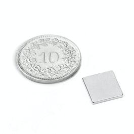 Q-10-10-1.2-N52N Blokmagneet 10 x 10 x 1.2 mm, neodymium, N52, vernikkeld