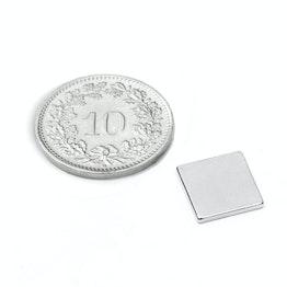 Q-10-10-1.2-N52N Blokmagneet 10 x 10 x 1.2 mm, houdt ca. 1 kg, neodymium, N52, vernikkeld