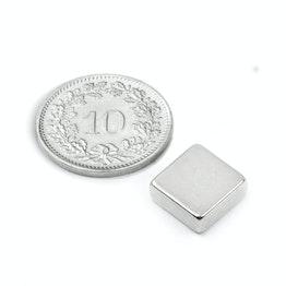 Q-10-10-04-N Blokmagneet 10 x 10 x 4 mm, houdt ca. 2.2 kg, neodymium, N40, vernikkeld