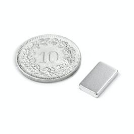Q-12-07-02-HN Blokmagneet 12 x 7 x 2 mm, neodymium, 44H, vernikkeld