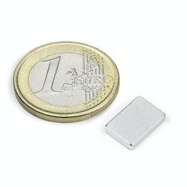 Q-12-08-02-N Parallélépipède magnétique 12 x 8 x 2 mm, tient env. 1,5 kg, néodyme, N50, nickelé
