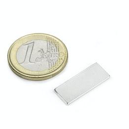 Q-22-8.5-1.4-SHN Blokmagneet 22 x 8,5 x 1,4 mm, houdt ca. 1,3 kg, neodymium, 35SH, vernikkeld