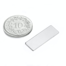 Q-25-08-01-N Parallelepipedo magnetico 25 x 8 x 1 mm, neodimio, N48, nichelato
