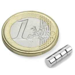 S-04-03-N Disque magnétique Ø 4 mm, hauteur 3 mm, tient env. 530 g, néodyme, N45, nickelé