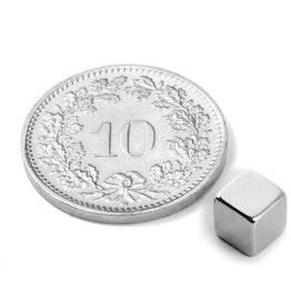 W-05-N Cube magnétique 5 mm, tient env. 1.1 kg, néodyme, N42, nickelé