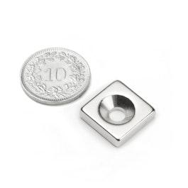 CS-Q-15-15-04-N Parallelepipedo magnetico 15 x 15 x 4 mm, Con foro svasato, N35, nichelato