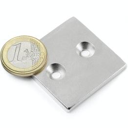 CS-Q-40-40-04-N Bloque magnético 40 x 40 x 4 mm, sujeta aprox. 16 kg, con taladro avellanado, N35, niquelado