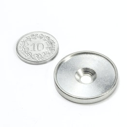MSD-26 Disco metallico con bordo e foro svasato M4, diametro interno 26 mm, come controparte per i magneti, non è un magnete!
