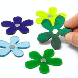 Aimants décoratifs 'Winter Flowers' aimants fleurs aux couleurs hivernales faits main, en verre acrylique, lot de 5