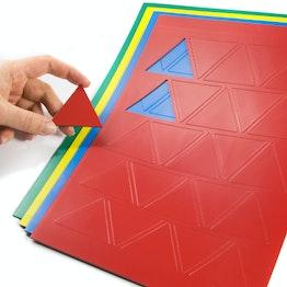 Triángulos magnéticos grandes para pizarras blancas y de planificación, rotulables, 25 símbolos por hoja A4, en diferentes colores