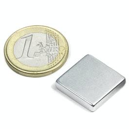Q-18-18-04-Z Parallelepipedo magnetico 18 x 18 x 4 mm, neodimio, N45, zincato