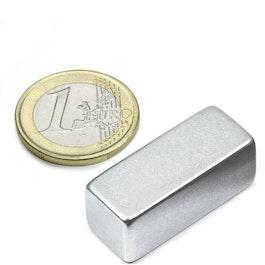 Q-30-12-12-Z Parallélépipède magnétique 30 x 12 x 12 mm, néodyme, N52, zingué