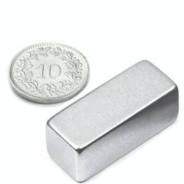 Q-30-12-12-Z Parallelepipedo magnetico 30 x 12 x 12 mm, neodimio, N52, zincato