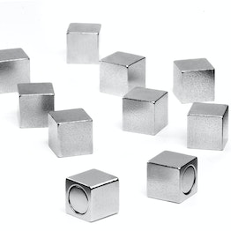 Office magnets with metal casing holds approx. 1,5 kg, neodymium magnets, edge length 8 mm