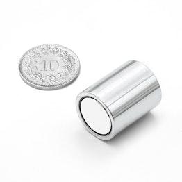 BMN-16 base magnética cilíndrica Ø 16 mm con revestimiento liso, sujeta aprox. 9 kg,
