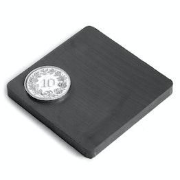 FE-Q-50-50-05 Block magnet 50 x 50 x 5 mm, ferrite, Y35, no coating