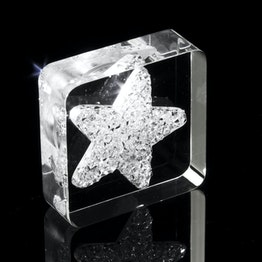 Decorative magnet 'Diamond Star' with star motif, made of plexiglass, with Swarovski crystals