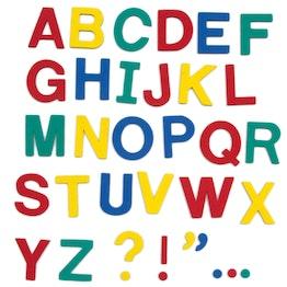 Magneetletters ca. 100 letters & leestekens, van EVA-schuim, 4 kleuren gemengd