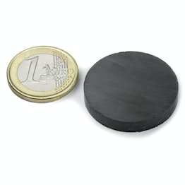 FE-S-30-05 Disc magnet Ø 30 mm, height 5 mm, holds approx. 900 g, ferrite, Y35, no coating