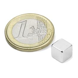 W-07-N Cubo magnético 7 mm, sujeta aprox. 1,6 kg, neodimio, N42, niquelado