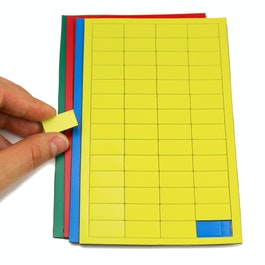 Rectángulos magnéticos pequeños para pizarras blancas y de planificación, 56 símbolos por hoja, en diferentes colores