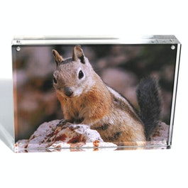 Picture frame 18 x 13 cm with magnetic catch, made of transparent acrylic glass, for portrait or landscape format