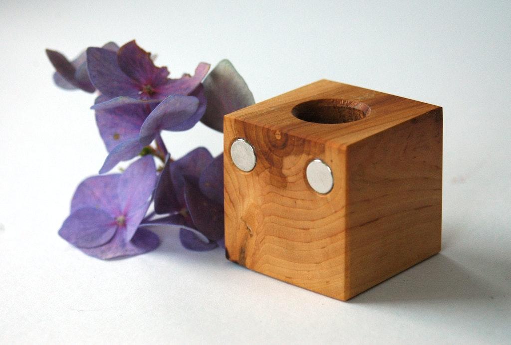 5 Mooie Vazen : Magnetische bloemenvaas zelf maken magneettoepassingen