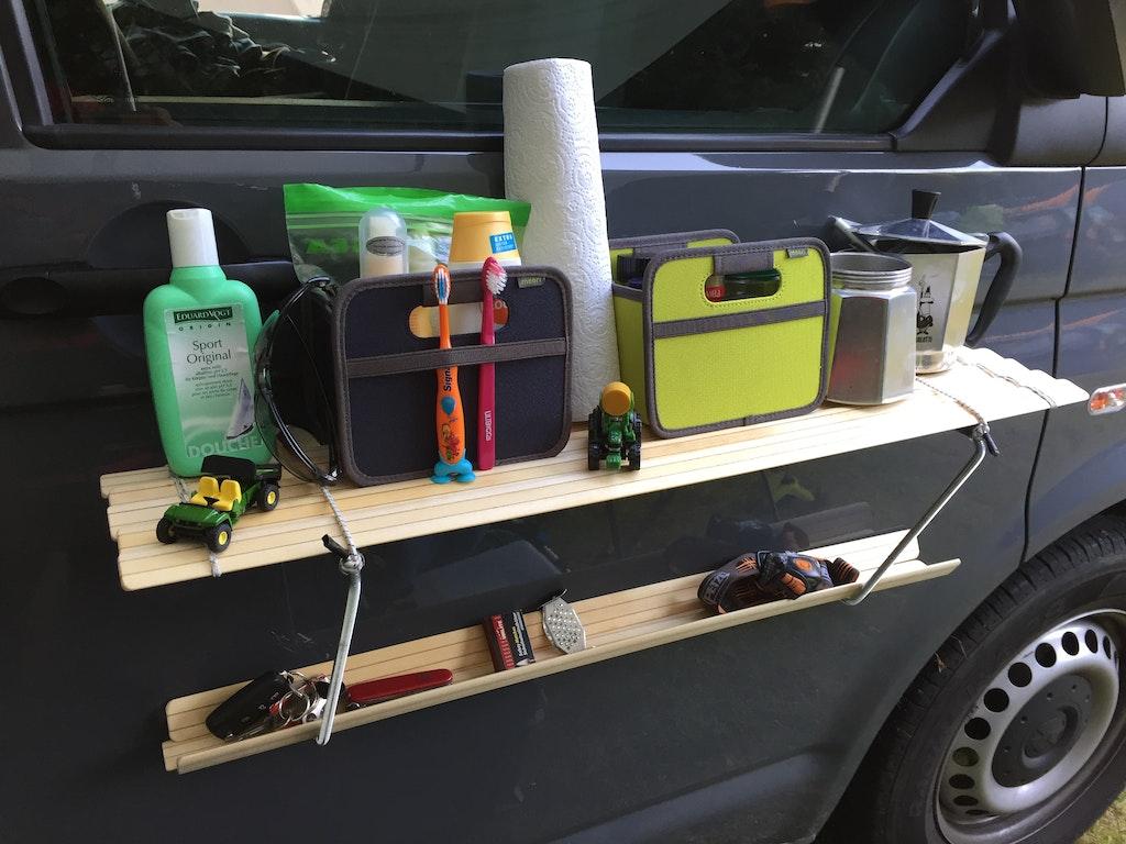 auto regal f r campervan selber bauen supermagnete. Black Bedroom Furniture Sets. Home Design Ideas