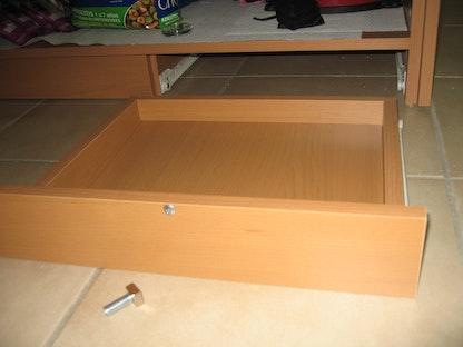 fabriquer soi m me un tiroir secret. Black Bedroom Furniture Sets. Home Design Ideas