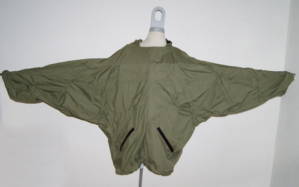 La chaqueta al completo