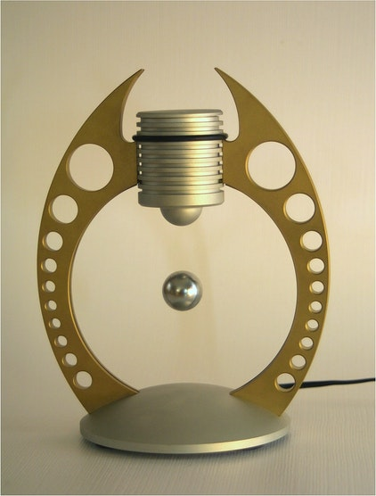 Suspension device for levitating sphere magnet K-19-C