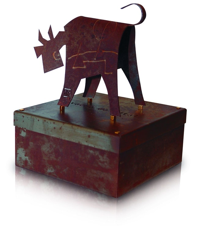 Caja con motivo de vaca