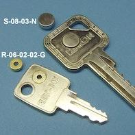 Magnetizzare le chiavi in ottone
